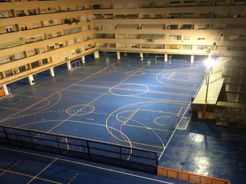 Cubiertas del Centro Educativo San José de Calasanz, Valencia.